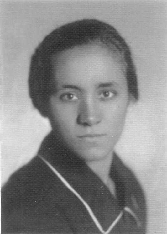 Mother Teresa at the age of 18.