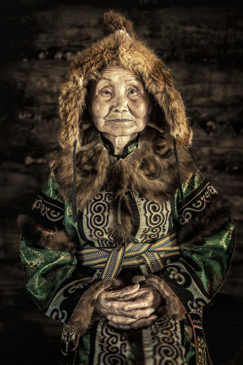 35-Portraits-Of-Amazing-Indigenous-People-of-Siberia-From-My-The-World-In-Faces-Project-59478a2bf19d6__880